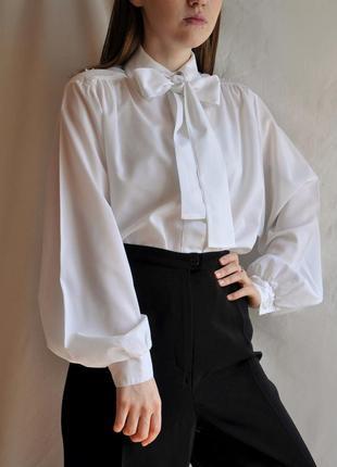 Винтажная блуза рубашка с объёмным рукавом бантом шифоновая vintage