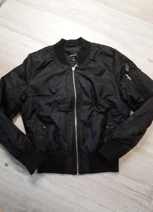 Бомбер утепленный куртка  пилот fb sister m
