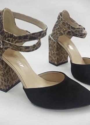 Летние женские босоножки на каблуке