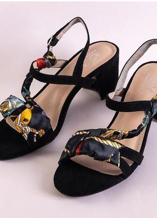 Женские босоножки на каблуке alaz (3 цвета)