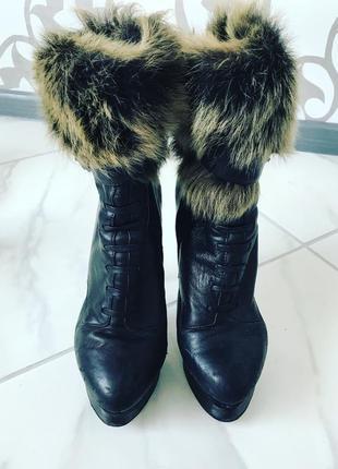 Сапоги ботинки кожаные с мехом шикарные чёрные зимние
