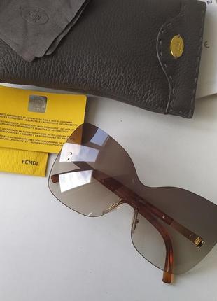 Новые очки fendi made in italy солнцезащитные оригинал маска фенди италия монолинза