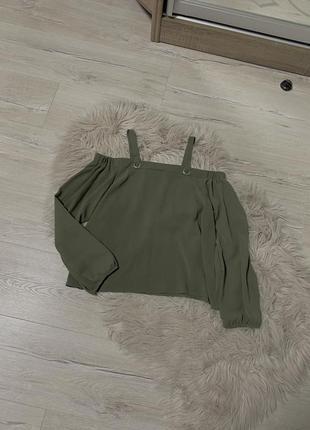 Гарна блузочка для дівчинки