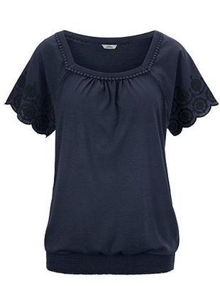 Модные вещи для пышных дам футболочка с перфорированной вышивкой tchibo (германия)