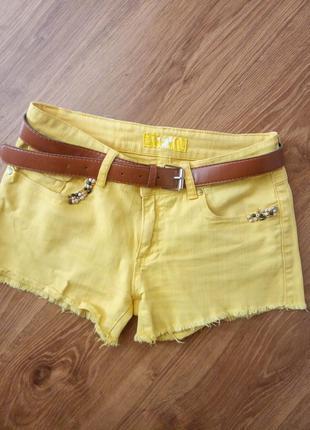 Жовті джинсові шорти з ременем жіночі літні жёлтые джинсовые шорты шортики на молнии женские летние