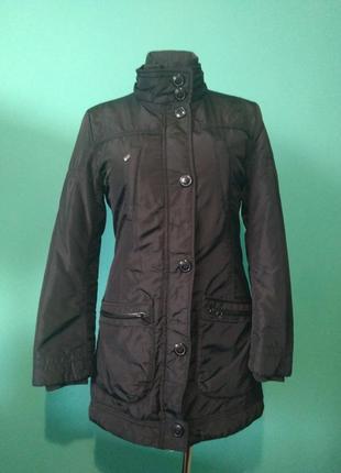 Демисезонная куртка чёрная