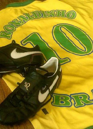 Nike роналдиньо 10 (комплект) - фирменные копы разм.45 + футболка с банером