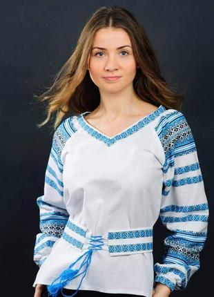 Ткана жіноча вишиванка