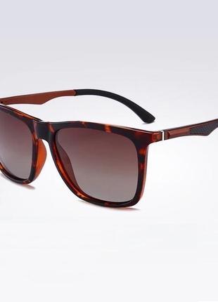 Модные дизайнерские очки