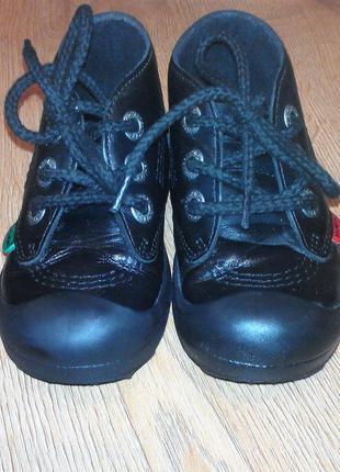 Осінні черевики kickers 25 р.2