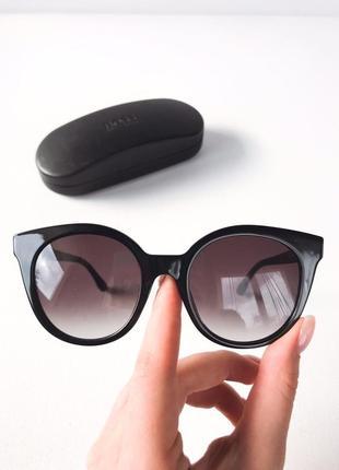 Оригинальные солнцезащитные очки от hugo boss , оригінальні сонцезахисні окуляри