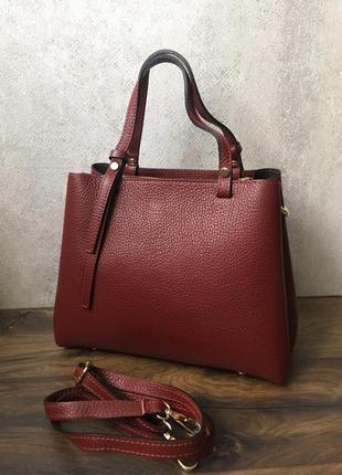 Кожаная сумка в богатом тесно-красном цвете, италия оригинал