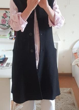Длинный  жилет шерстяной чёрный  с карманами италия
