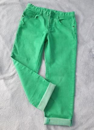 Укороченные джинсы,  джинси прямі