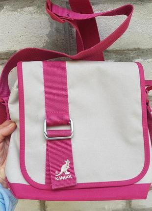 Стильная удобная сумка-планшет kangol