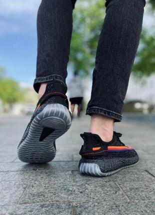 Наложка! видные кроссовки !2 фото