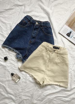 Джинсові стильні шорти,синього/бежевого кольорів
