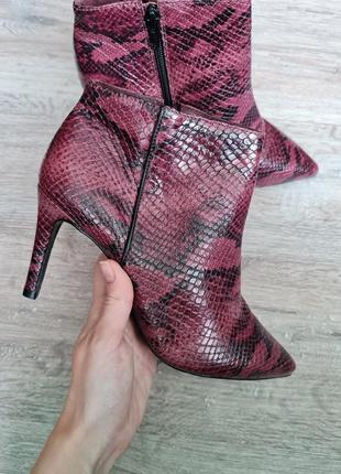 Чобітки черевики andre ботильены кожа сапожки ботинки змеиная кожа