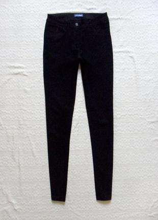 Cтрейчевые черные штаны скинни charles vogele, 10-12 размерa.