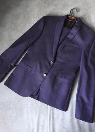 Выпускной костюм / костюм двойка / деловой костюм