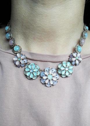 Колье ожерелье с цветами