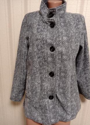 Эффектная флисовая длинная куртка