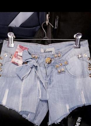 Новые !!!джинсовые тонкие шортики рванка