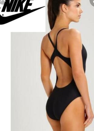 Винтажный сдельный спортивный купальник бренда nike.