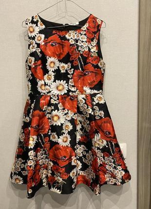 Короткое платье paccio