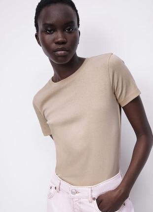 Zara жіноча базова футболка