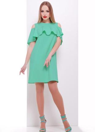 Короткое летнее платье цвета мяты