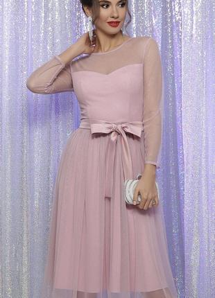 Розовое блестящее фатиновое платье пачка