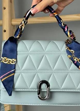 Женская сумочка с платком