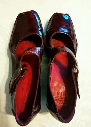 Шикарные кожаные  туфли 25.5-26см.