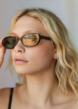 Модные солнцезащитные очки леопардовые узкие ретро очки новые но с дефектом 7009