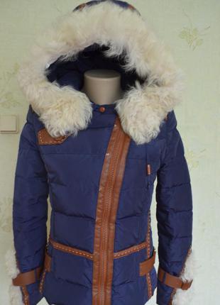 Тепленький пуховик зима натуральный мех