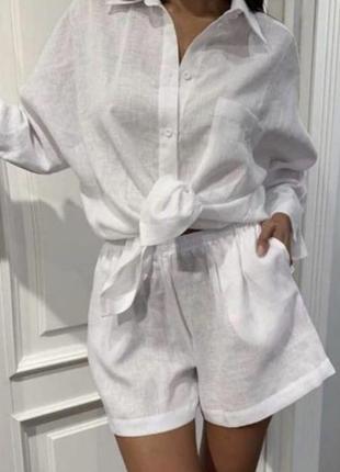 Летний костюм с шортами из льна