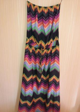Длинное платье в пол без бретелек