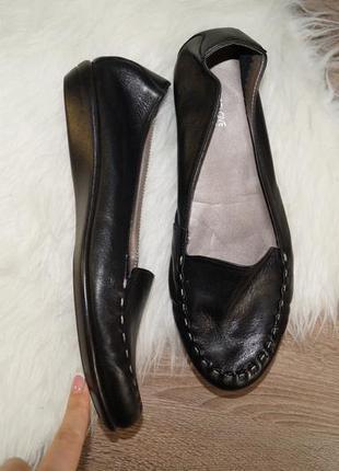 (41р./26,5см) footglove! кожа! фирменные базовые туфли с декоративной строчкой