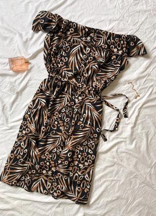 Красивий сарафан/сукня в принт на пуговичках/з поясом