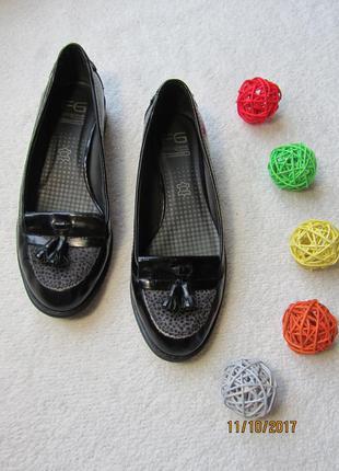 Кожаные лоферы на небольшом удобном каблуке с вставкой шерсти животных