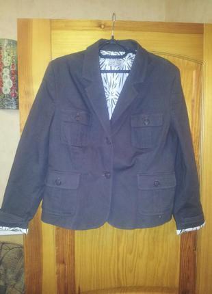 Пиджак женский 20 размер