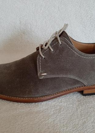 Натуральные замшевые туфли фирмы lloyd ( германия)  p.43-44 стелька 28,5 см