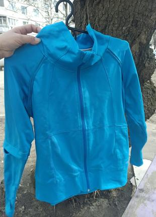 Спортивная женская кофта reebok ярко- голубого цвета на змейке
