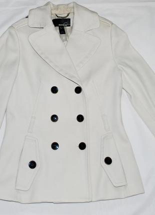 Белое пальто mango1