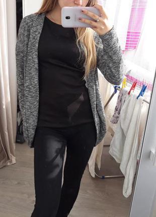 Серый кардиган кофта