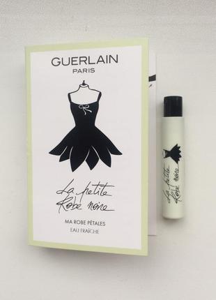 Guerlain la petite robe noire ma robe petales пробник
