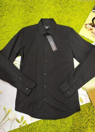 Чорна , класична рубашка на довгий рукав від castro