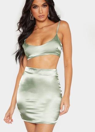 Зеленая хаки атласная мини-юбка с завышенной талией