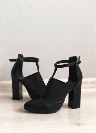 Крутые натуральные кожаные туфли!